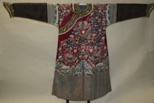 Qing Dynasty dragon robe