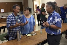 Gov. Ige with Kauai Extension agents